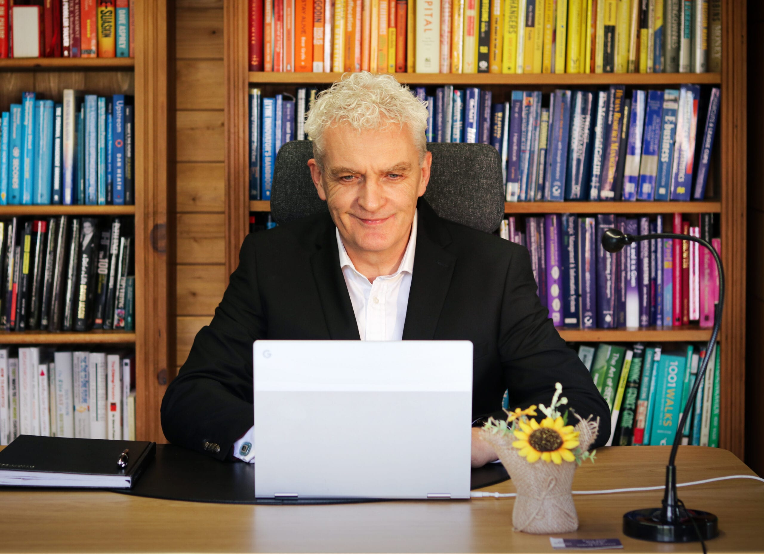Online Business Specialist